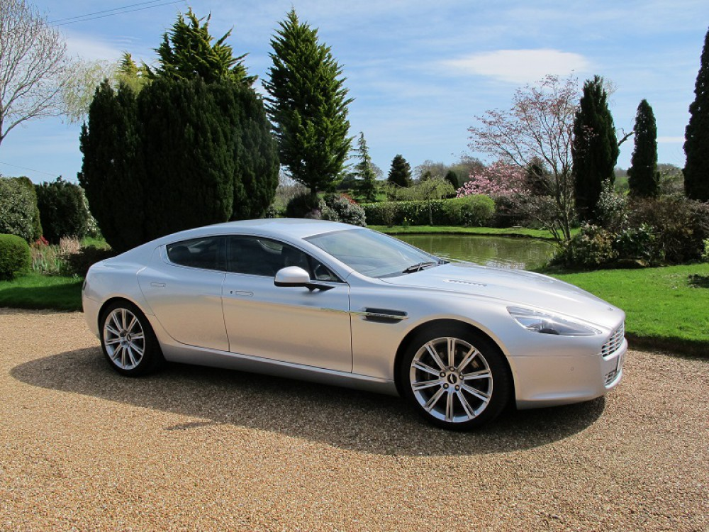 Rapide V12 Coupe