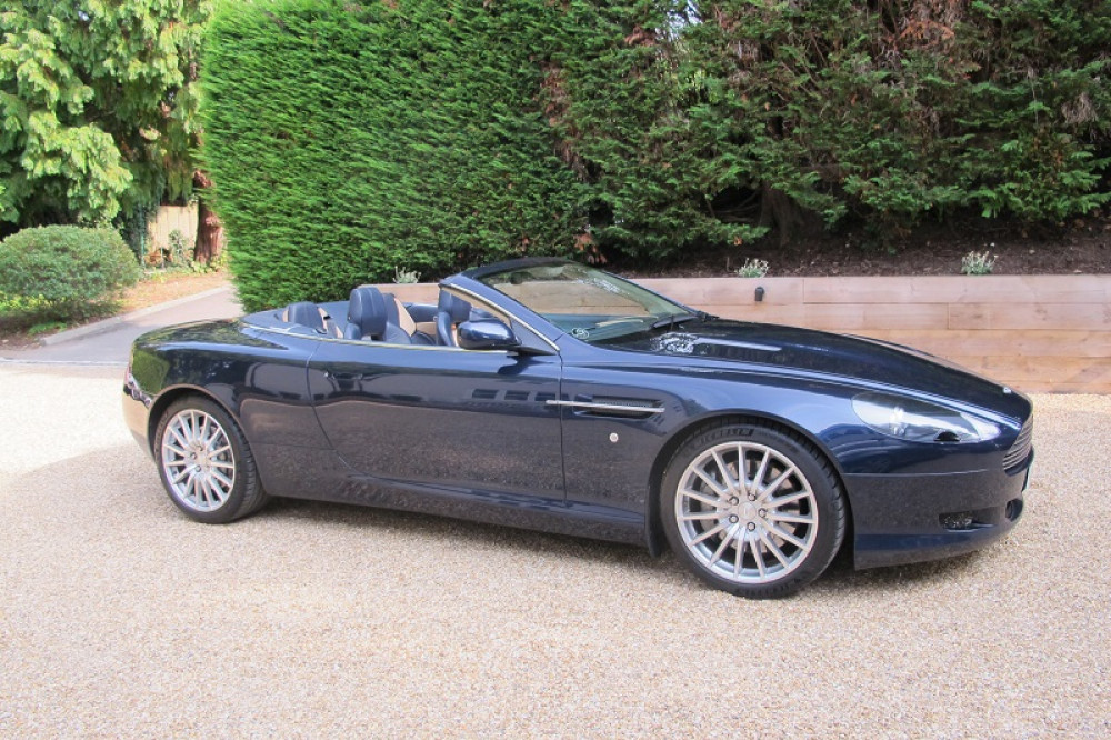 DB9 Volante 6.0 V12 Touchtronic